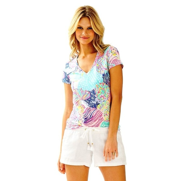9235396da1547c Lilly Pulitzer Tops | Michele Vneck Tshirt Tee Floral | Poshmark